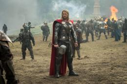 photo 11/143 - Chris Hemsworth - Thor - Le Monde des Ténèbres - © Walt Disney Studios Motion Pictures France