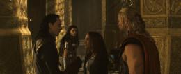 photo 50/143 - Tom Hiddleston, Jaimie Alexander, Natalie Portman, Chris Hemsworth - Thor - Le Monde des Ténèbres - © Walt Disney Studios Motion Pictures France