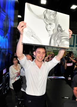 photo 72/143 - Tom Hiddleston - Thor - Le Monde des Ténèbres - © Walt Disney Studios Motion Pictures France