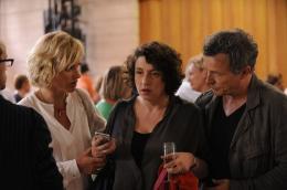 photo 2/6 - Judith Godrèche, Noémie Lvovsky, Frédéric Van Den Driessche - Chez nous c'est trois ! - © Rezo Films