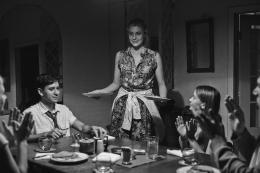 photo 11/13 - Michael Zegen, Greta Gerwig - Frances Ha - © Memento Films