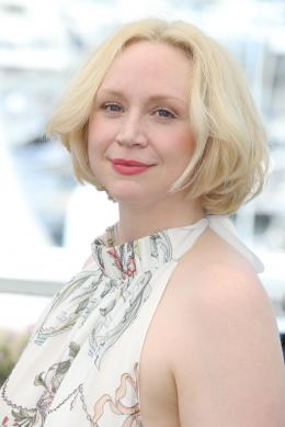 Gwendoline Christie Cannes 2017 : Top of the lake Photocall photo 3 sur 21