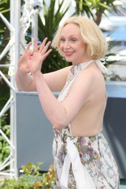 Gwendoline Christie Cannes 2017 : Top of the lake Photocall photo 5 sur 21