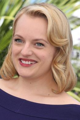 Elisabeth Moss Cannes 2017 : Top of the lake Photocall photo 8 sur 69