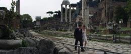photo 2/6 - Filippo Scicchitano et Giulia Valentini - Une journ�e � Rome - © Bellissima Films