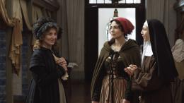 photo 3/22 - Marisa Paredes, Soraia Chaves, Elsa Zylberstein - Les Lignes de Wellington - © Alfama Films