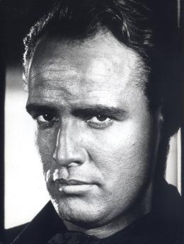 La Vengeance aux deux visages Marlon Brando photo 4 sur 11