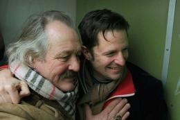 photo 1/6 - Philipp Hochmair, Walter Saabel - L'Eclat du jour - © Zootrope Films