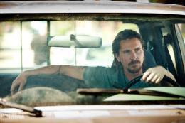 photo 13/18 - Christian Bale - Les Brasiers de la colère