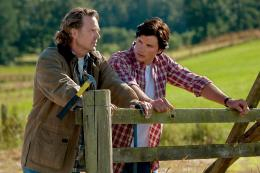 photo 18/21 - Tom Welling, John Schneider - Smallville - Saison 10 - © Warner Home Vid�o