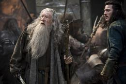 photo 41/125 - Ian McKellen, Luke Evans - Le Hobbit : La Bataille des Cinq Armées - © Warner Bros