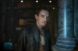 photo 32/52 - Jonathan Rhys Meyers - The Mortal Instruments : la cité des ténèbres - © UGC