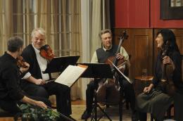 photo 3/13 - Mark Ivanir, Philip Seymour Hoffman, Christopher Walken et Catherine Keener - Le Quatuor - © Metropolitan Film