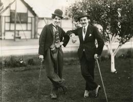 photo 12/13 - Max Linder et Charlie Chaplin - Le Cinéma de Max Linder - © Editions Montparnasse