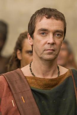 photo 10/16 - John Hannah - Spartacus : Les Dieux de l'Arène - © Fox Pathé Europa