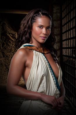 photo 8/16 - Lesley-Ann Brandt - Spartacus : Les Dieux de l'Arène - © Fox Pathé Europa