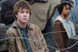 photo 5/7 - Connor Jessup - Falling Skies - Saison 1 - © Warner Home Vidéo