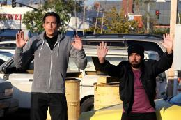 photo 11/24 - Zachary Levi, Joshua Gomez - Chuck - Saison 4 - © Warner Home Vidéo