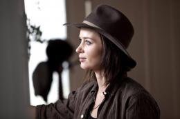 photo 11/23 - Emily Blunt - Arthur Newman - © Mars Distribution