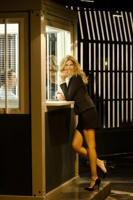 photo 8/18 - Isabelle Funaro - Vive la France - © Gaumont Distribution