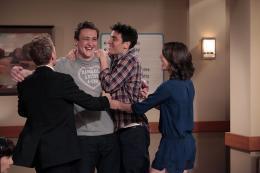 photo 17/36 - Jason Segel , Josh Radnor , Cobie Smulders - How I Met Your Mother - Saison 7 - © Fox Pathé Europa