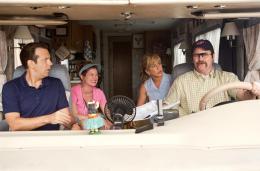 photo 35/61 - Jason Sudeikis, Kathryn Hahn, Jennifer Aniston et Nick Offerman - Les Miller, une famille en herbe - © Warner Bros