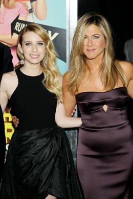 photo 51/61 - Emma Roberts et Jennifer Aniston - Les Miller, une famille en herbe - © Warner Bros