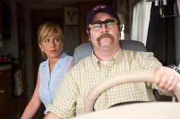 photo 36/61 - Jennifer Aniston, Nick Offerman - Les Miller, une famille en herbe - © Warner Bros