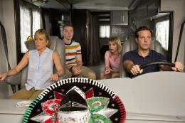 photo 40/61 - Jennifer Aniston, Will Poulter, Emma Roberts et Jason Sudeikis - Les Miller, une famille en herbe - © Warner Bros