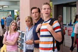 photo 32/61 - Emma Roberts, Jennifer Aniston, Jason Sudeikis et Will Poulter - Les Miller, une famille en herbe - © Warner Bros