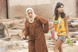 photo 15/31 - Fatima Naji et Reem Kherici - Paris à tout prix - © Gaumont Distribution