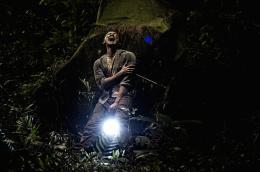 photo 2/9 - Rio Dewanto - Modus Anomali, le réveil de la proie - © Tanzi Distribution