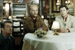 Le Bonheur Est Dans Le Pré Eddy Mitchell, Michel Serrault Et Patrick Bouchitey photo 10 sur 11