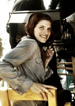photo 2/3 - Lake Bell - In a world...