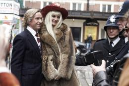 photo 8/14 - Steve Coogan et Tamsin Egerton - A Very Englishman - © Pretty Pictures