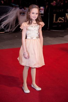 Isabelle Allen Avant-première du film Les Misérables à Londres photo 7 sur 8