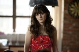 photo 13/16 - Zooey Deschanel - New Girl - Saison 1 - © Fox Pathé Europa