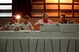 photo 3/16 - Joaquim de Almeida, Alex Alves Pereira, Roland Giraud, Jean-Pierre Martins - La Cage dor�e - © Path� Distribution