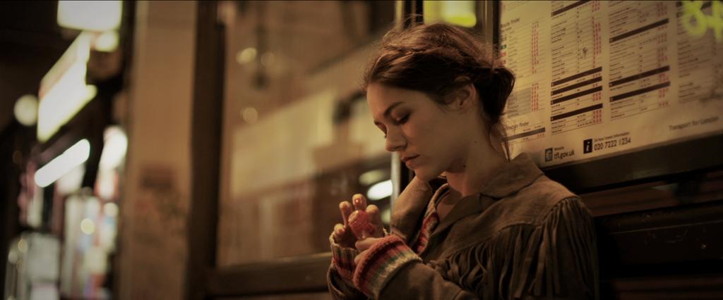 photo 8/14 - Olivia Ross - White Lie - © Les Films à Fleur de Peau