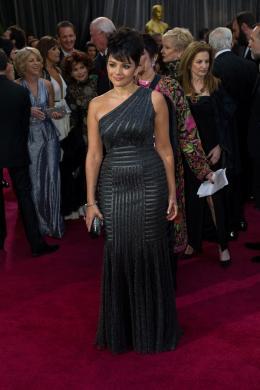 Norah Jones 85ème Cérémonie des Oscars 2013 photo 1 sur 24