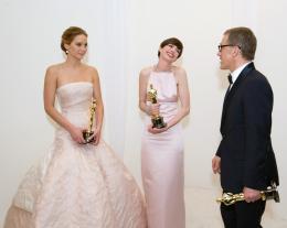 85ème Cérémonie des Oscars 2013 Jennifer Lawrence, Anne Hathaway et Christoph Waltz - 85ème Cérémonie des Oscars 2013 photo 3 sur 108