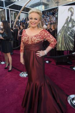 Jacki Weaver 85ème Cérémonie des Oscars 2013 photo 6 sur 13