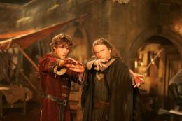 photo 11/15 - John Reardon et Sam Neill - Camelot et la quête du graal - © Zylo