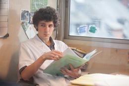 Hippocrate Vincent Lacoste photo 2 sur 7