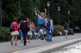 Isabella Miko Love and Dance photo 5 sur 5