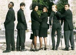 photo 13/16 - Photo de famille - Sitcom - © http://www.francois-ozon.com