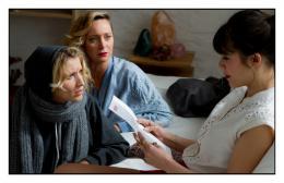 photo 14/19 - Alexandra Lamy, Julie Ferrier, Mélanie Doutey - Jamais le premier soir - © EuropaCorp Distribution