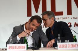 photo 95/95 - Jean Dujardin, George Clooney - Avant-premi�re parisienne - Monuments Men - © 20th Century Fox