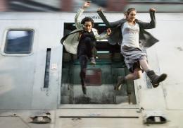 photo 16/44 - Zoe Kravitz et Shailene Woodley - Divergente - © SND