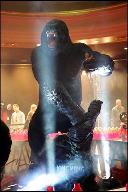 photo 346/360 - Avant-première de King Kong - Paris, le 10 Décembre 2005 - © Bertrand Rindoff Petroff - King Kong